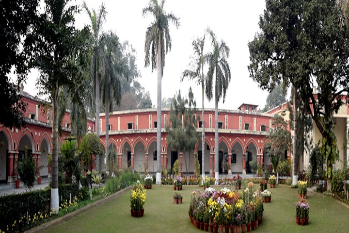 https://cache.careers360.mobi/media/colleges/social-media/media-gallery/18635/2020/2/18/College Inside View of Khalsa College for Women Civil Lines Ludhiana_Campus-View.jpg