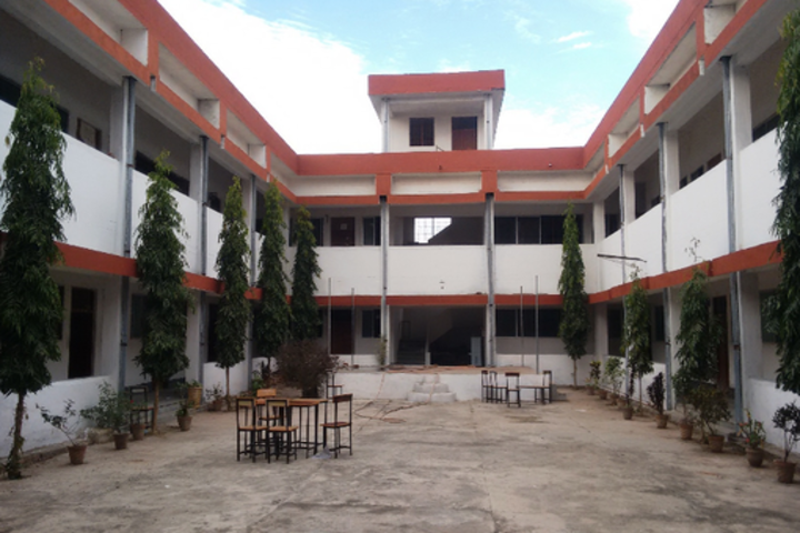 https://cache.careers360.mobi/media/colleges/social-media/media-gallery/18663/2018/11/12/Campus view of  Pandit Madhav Rav Sapre College Bilaspur_Campus-view.png