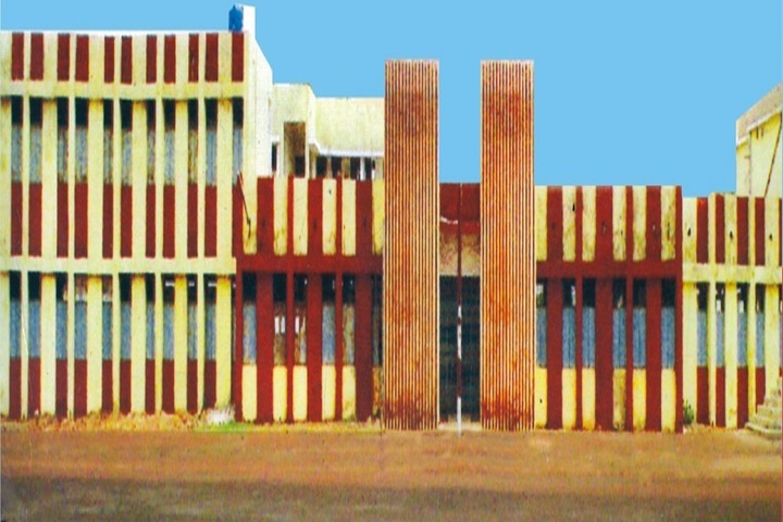 https://cache.careers360.mobi/media/colleges/social-media/media-gallery/18696/2018/10/31/Campus View of MG Government Arts and Science College Kharsia_Campus-View.jpg