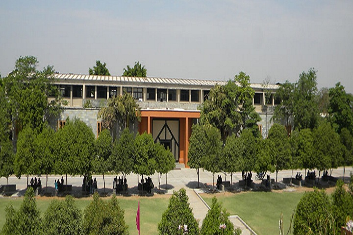 https://cache.careers360.mobi/media/colleges/social-media/media-gallery/18760/2020/8/4/Campus view of Institute of Technology, Ganpat University Mehsana_Campus-View.jpg