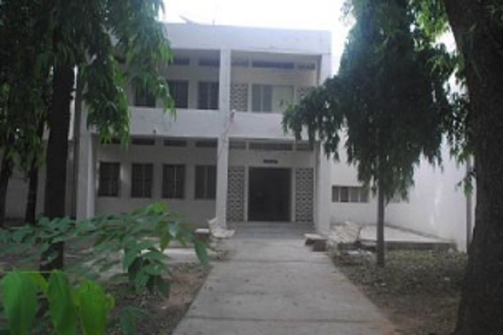 https://cache.careers360.mobi/media/colleges/social-media/media-gallery/18835/2020/2/19/Building View of Idar Anjana Patidar HKM Arts and PN Patel Commerce College Idar_Campus-View.jpg