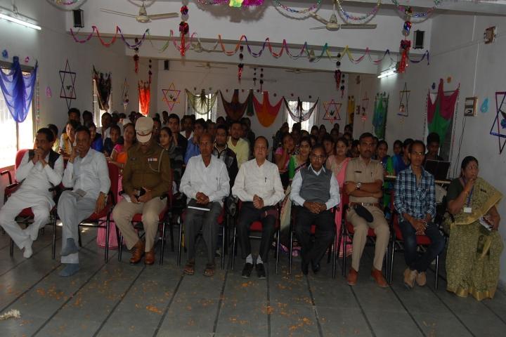 https://cache.careers360.mobi/media/colleges/social-media/media-gallery/18952/2017/7/14/Nalanda-B-Ed-College-Virpur5.JPG