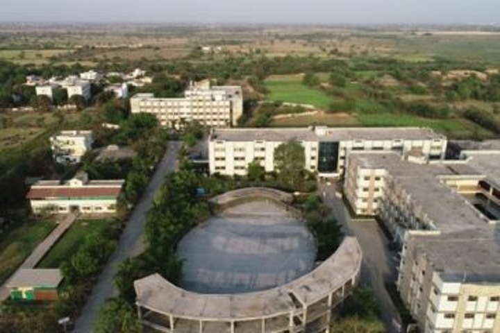 https://cache.careers360.mobi/media/colleges/social-media/media-gallery/18956/2018/11/8/Campus View of Sigma Institute of Science and Commerce Vadodara_Campus-View.jpg