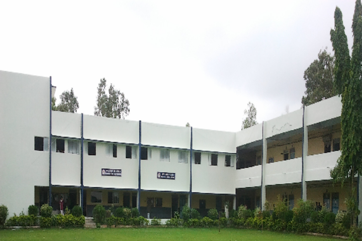 https://cache.careers360.mobi/media/colleges/social-media/media-gallery/18975/2018/12/21/Campus View of ROFEL Shri GM Billakhia College of Applied Sciences Vapi_Campus-view.png