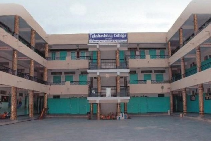 https://cache.careers360.mobi/media/colleges/social-media/media-gallery/18978/2018/12/18/Campus view of Takshashila College Vadodara_Campus-view.jpg