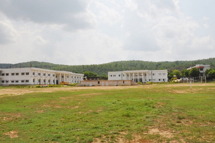 https://cache.careers360.mobi/media/colleges/social-media/media-gallery/19168/2018/10/10/Campus View of Radha Govind College of Physical Education Ramgarh_Campus-View.JPG