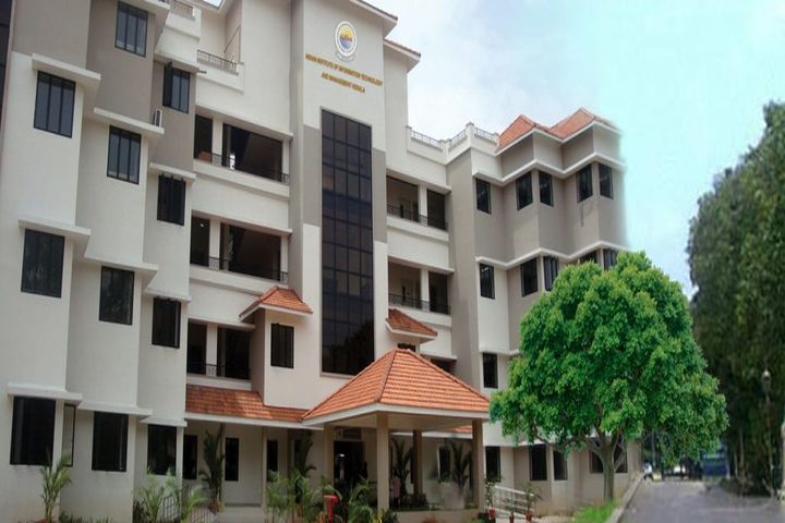 https://cache.careers360.mobi/media/colleges/social-media/media-gallery/19172/2018/11/2/Campus View of Indian Institute of Information Technology and Management Trivandrum_Campus-View.jpg