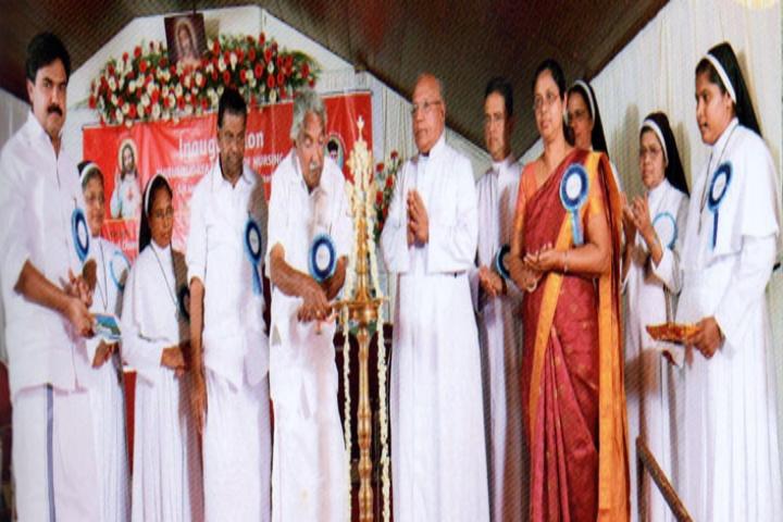 https://cache.careers360.mobi/media/colleges/social-media/media-gallery/19257/2017/7/29/Thiruhrudaya-College-of-Nursing-SH-Medical-Centre-Kottayam8.jpg