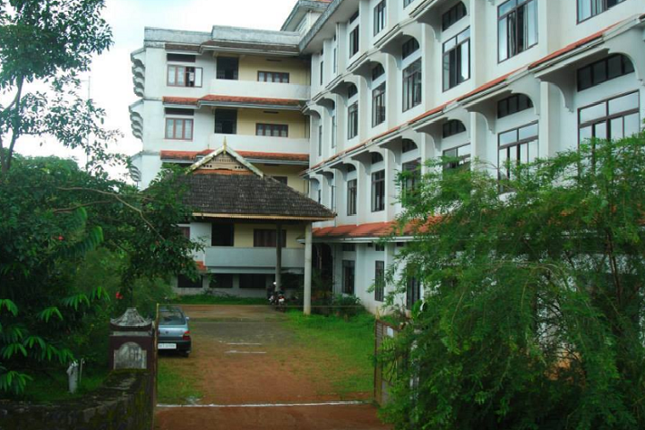 https://cache.careers360.mobi/media/colleges/social-media/media-gallery/19308/2018/11/6/Campus View of Sree Narayana College of Education Muvattupuzha_Campus-View.png