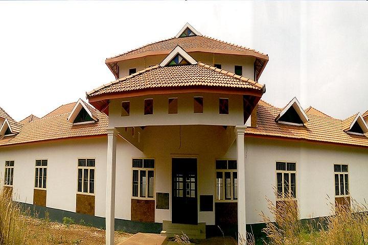 https://cache.careers360.mobi/media/colleges/social-media/media-gallery/19339/2019/1/2/Campus view of The Zamorins Guruvayurappan College Calicut_Campus-view.jpg