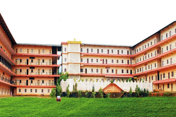 https://cache.careers360.mobi/media/colleges/social-media/media-gallery/19368/2019/1/4/Campus view of Sree Vivekananda Padanakendram Malappuram_Campus-view.jpg
