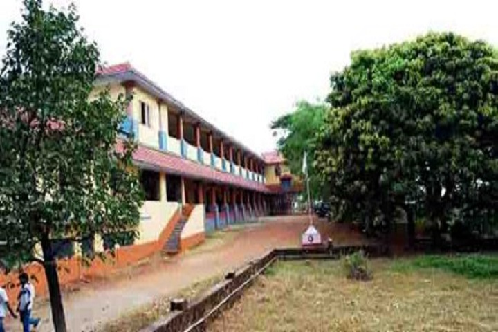https://cache.careers360.mobi/media/colleges/social-media/media-gallery/19381/2018/12/29/Campus view of Sreekrishnapuram VT Bhattathiripad College Palakkad_Campus-view.jpg