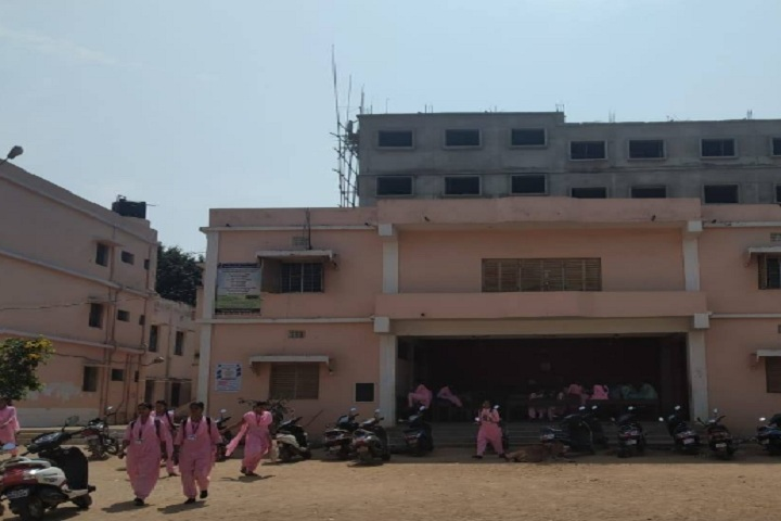 https://cache.careers360.mobi/media/colleges/social-media/media-gallery/19496/2019/12/9/Campus View of SBR Government Autonomous Women_s College Berhampur_Campus-View.jpg