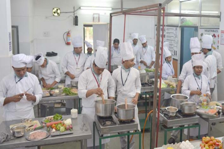 https://cache.careers360.mobi/media/colleges/social-media/media-gallery/19597/2019/5/27/Kitchen of State Institute of Hotel Management Balangir_Others.jpg