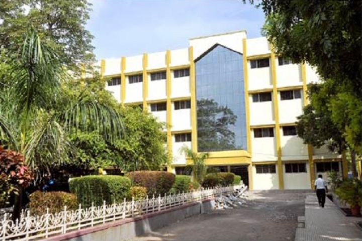 https://cache.careers360.mobi/media/colleges/social-media/media-gallery/1960/2019/3/14/Campus View of Sipna College of Engineering and Technology_Campus-View.jpg