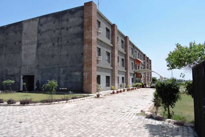https://cache.careers360.mobi/media/colleges/social-media/media-gallery/19731/2018/12/22/Entrance View of Pannu College for Women Gurdaspur_Campus-View.JPG