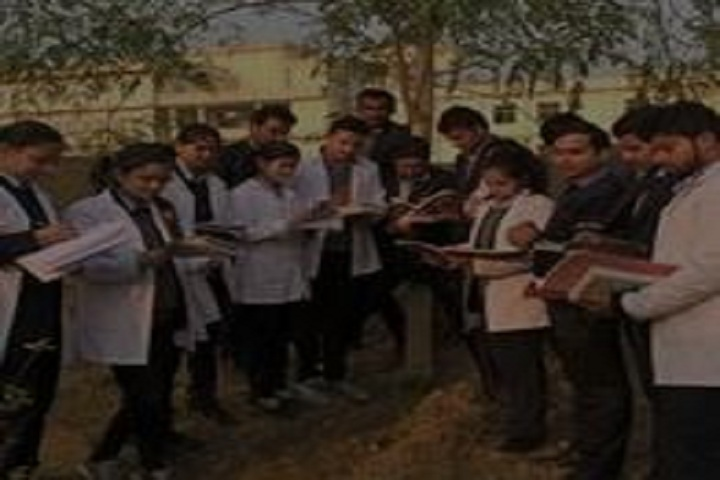 https://cache.careers360.mobi/media/colleges/social-media/media-gallery/19770/2018/12/18/Students of Quadra Institute of Ayurveda Roorkee_Others.JPG