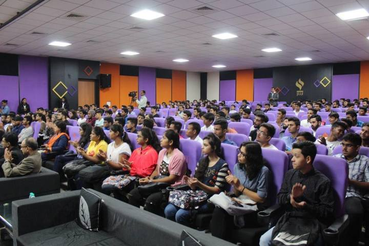 https://cache.careers360.mobi/media/colleges/social-media/media-gallery/19850/2017/8/23/Jagran_Lakecity_University05.jpg