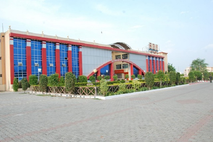 https://cache.careers360.mobi/media/colleges/social-media/media-gallery/19945/2018/9/27/College Adminitrative Building View of SRI Institute of Education Datia_Campus View.jpg