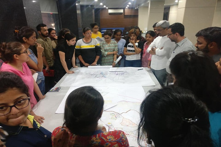 https://cache.careers360.mobi/media/colleges/social-media/media-gallery/1995/2019/1/11/Laboratory practical of Kamla Raheja Vidhyandhi Institute for Architecture Mumbai_Laboratory.jpg