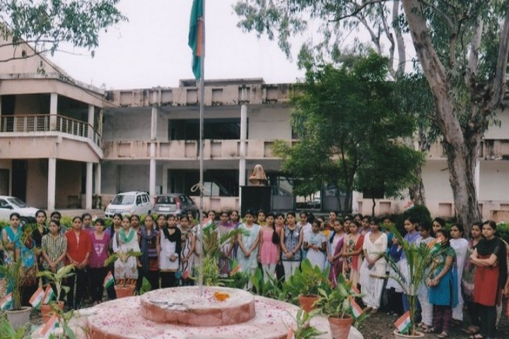 https://cache.careers360.mobi/media/colleges/social-media/media-gallery/20022/2020/2/25/Campus View of Maharani Pushpmala Raje Paur Government Girls Degree College Dewas_Campus-View.jpg