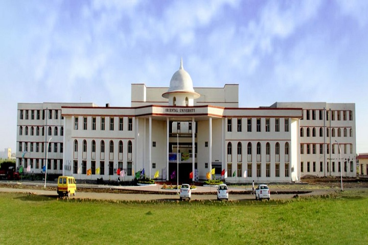 https://cache.careers360.mobi/media/colleges/social-media/media-gallery/20052/2019/5/15/College View Of Oriental Institute of Science and Technology Indore_Campus-View.jpg
