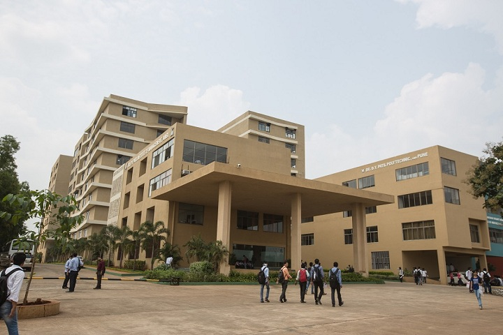https://cache.careers360.mobi/media/colleges/social-media/media-gallery/2008/2019/3/13/College View of DY Patil School of Engineering Academy Ambi_Campus-View.jpg