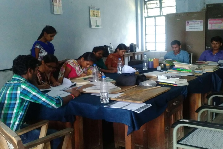 https://cache.careers360.mobi/media/colleges/social-media/media-gallery/20105/2020/2/15/Staff room of Government Arts and Science College Kamareddy_Others.jpg