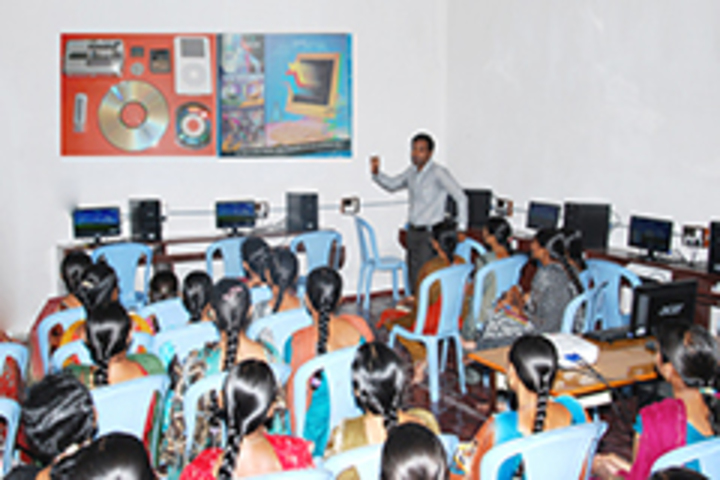 https://cache.careers360.mobi/media/colleges/social-media/media-gallery/20106/2018/11/9/IT Lab of Gnanodaya Degree College Nizamabad_IT-Lab.jpg