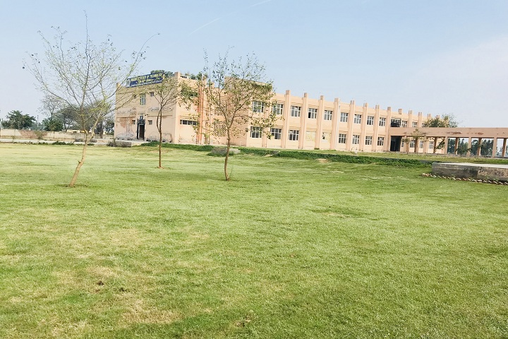 https://cache.careers360.mobi/media/colleges/social-media/media-gallery/20170/2020/8/21/Campus View Of Punjab Institute of Technology Moga_Campus-View.jpg