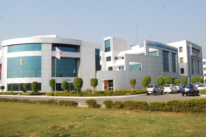 https://cache.careers360.mobi/media/colleges/social-media/media-gallery/20212/2019/4/13/College Building of Accurate Institute of Architecture and Planning Greater Noida_Campus-view.jpg