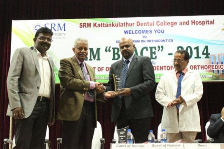 https://cache.careers360.mobi/media/colleges/social-media/media-gallery/20213/2017/10/30/SRM-Dental-College-Kattankulathur10.png