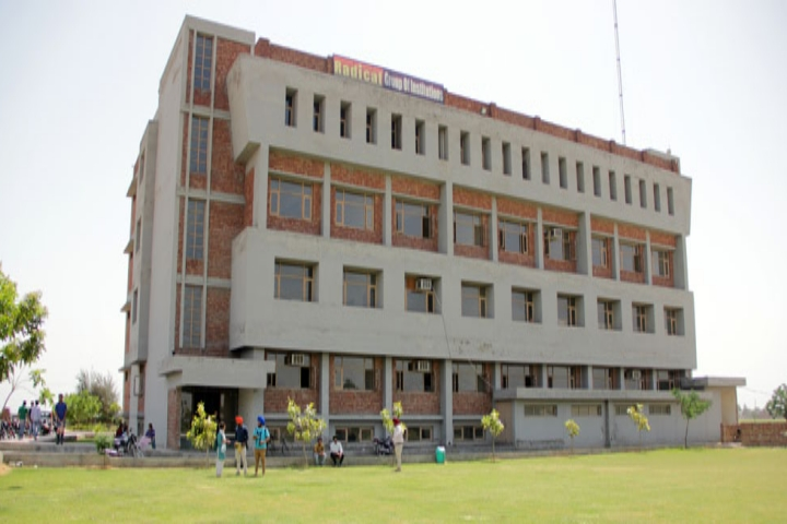 https://cache.careers360.mobi/media/colleges/social-media/media-gallery/20300/2020/11/20/Campus View of Radical Business School Amritsar_Campus-View.jpg