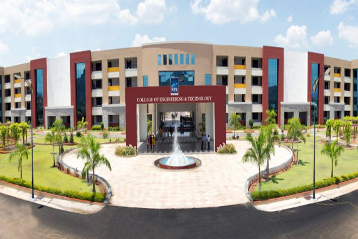 https://cache.careers360.mobi/media/colleges/social-media/media-gallery/2051/2018/9/29/Campus View of NPR College of Engineering and Technology Dindigul_Campus-View.jpg