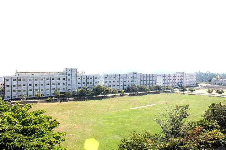 https://cache.careers360.mobi/media/colleges/social-media/media-gallery/20587/2020/2/10/Campus view of RNS First Grade College Channasandra_Campus-view.jpg