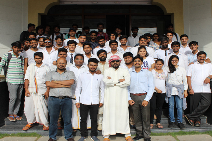 https://cache.careers360.mobi/media/colleges/social-media/media-gallery/20623/2021/3/31/Group Photo of Animaster Academy Bengaluru_Others.png
