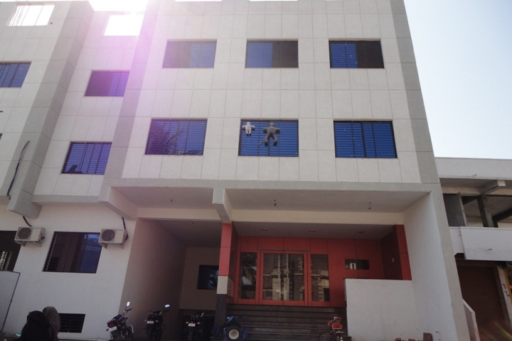 https://cache.careers360.mobi/media/colleges/social-media/media-gallery/20707/2019/5/29/Building View of Vidya Vardhak Sanghs Arts Commerce and BCA College Bijapur_Campus-View.jpg