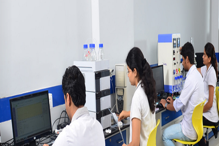 https://cache.careers360.mobi/media/colleges/social-media/media-gallery/20770/2020/8/12/IT Lab of KL College of Pharmacy Guntur_IT-Lab.png