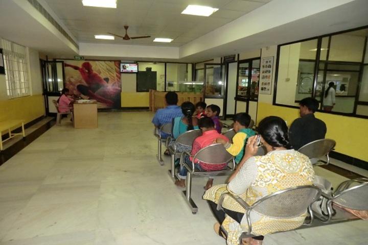 https://cache.careers360.mobi/media/colleges/social-media/media-gallery/20916/2017/10/30/Sri-Ramachandra-Dental-College-and-Hospital-Chennai7.jpg