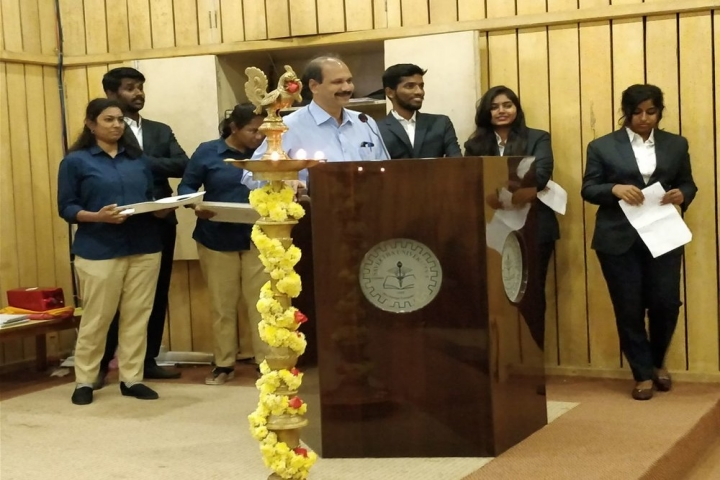 https://cache.careers360.mobi/media/colleges/social-media/media-gallery/20991/2018/8/16/Saveetha-School-of-Management-Chennai_Event.jpg