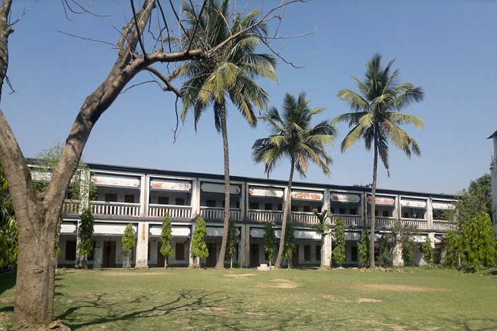 https://cache.careers360.mobi/media/colleges/social-media/media-gallery/21092/2018/11/8/Campus-View full of Syamsundar College Burdwan_Campus-View.jpg