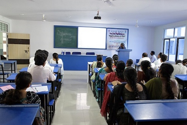 https://cache.careers360.mobi/media/colleges/social-media/media-gallery/2110/2018/7/25/CMR-Institute-of-Technology-Hyderabad-4.jpg