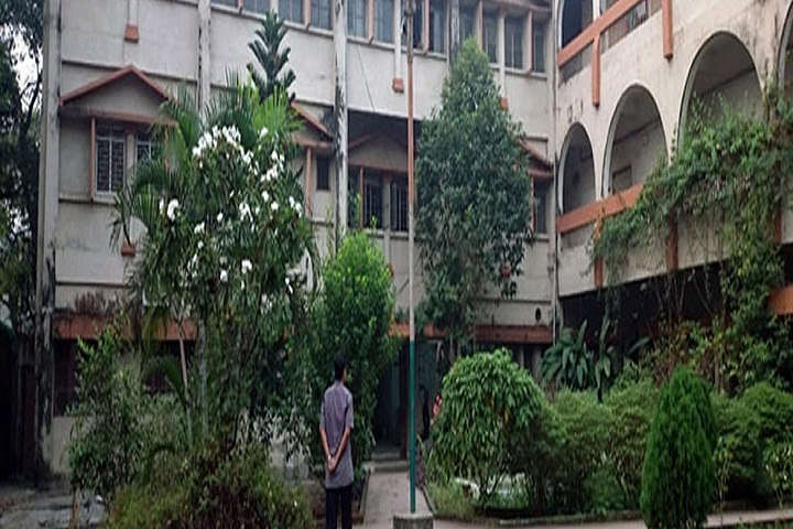 https://cache.careers360.mobi/media/colleges/social-media/media-gallery/21182/2018/11/14/Campus View of Rammohan College Kolkata_Campus-View.jpg