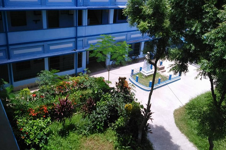 https://cache.careers360.mobi/media/colleges/social-media/media-gallery/21196/2018/11/17/Campus View of Saheed Anurup Chandra Mahavidyalaya South 24 Parganas_Campus-View.jpg