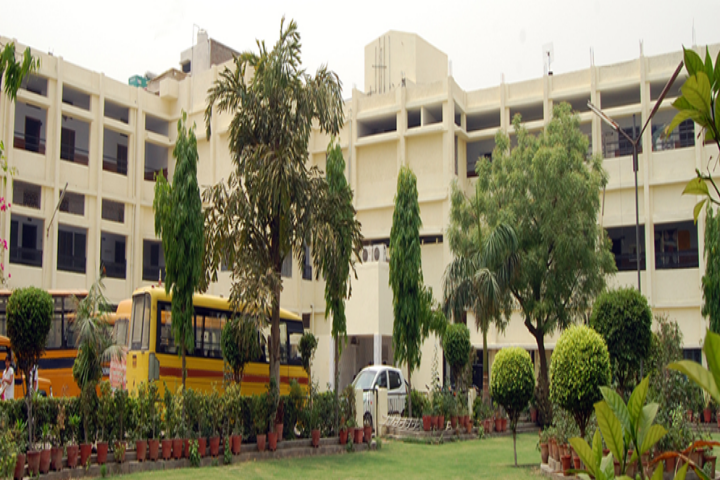 https://cache.careers360.mobi/media/colleges/social-media/media-gallery/21375/2018/10/4/Campus View of GVM College of Education for Girls Sonipat_Campus-View.jpg