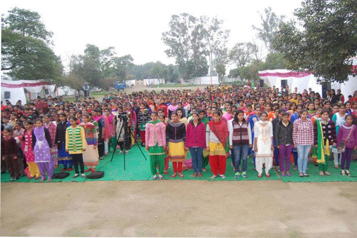 https://cache.careers360.mobi/media/colleges/social-media/media-gallery/21407/2017/10/13/Arya-Adarsh-Girls-College01.jpg