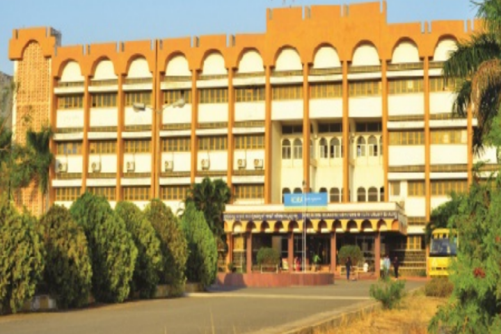 https://cache.careers360.mobi/media/colleges/social-media/media-gallery/2141/2019/3/23/Campus-View of Bheemanna Khandre Institute of Technology Bhalki_Campus-View.png
