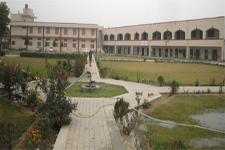 https://cache.careers360.mobi/media/colleges/social-media/media-gallery/21437/2019/1/3/Campus View of Gaur Brahman Degree College Rohtak_Campus-View.jpg