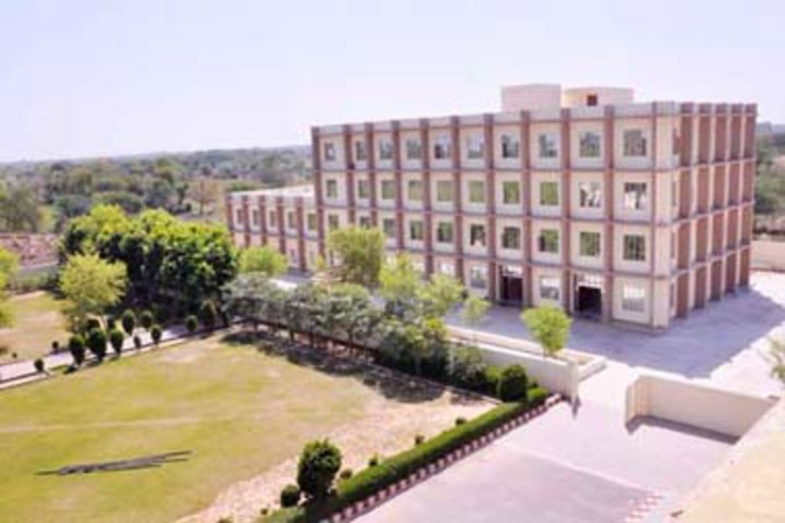 https://cache.careers360.mobi/media/colleges/social-media/media-gallery/21444/2018/11/13/College Building View of Suraj Degree College Mahendergarh_Campus-View.jpg