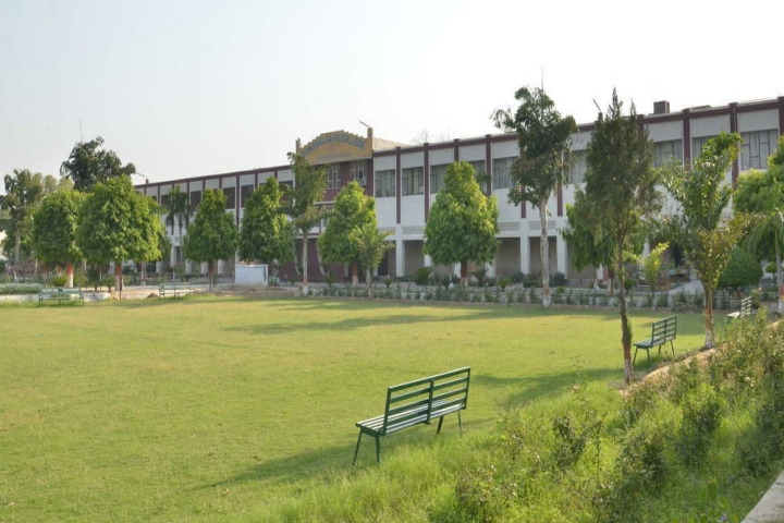 https://cache.careers360.mobi/media/colleges/social-media/media-gallery/21596/2019/1/2/Side view of SGN Khalsa PG College Sri Ganganagar_Campus-view.jpg